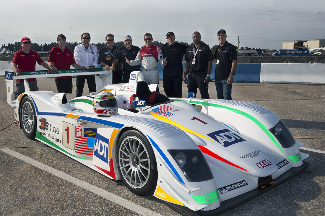 Champion-Racing-2005-Team-Reunion-Sebring-2016-Grp2