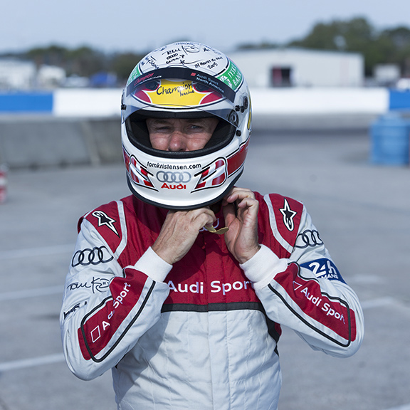 Tom-Kristensen-Champion-Racing-2005-R8-Helmet-Sebring_2016
